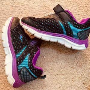 Girls everlast sneakers 👟
